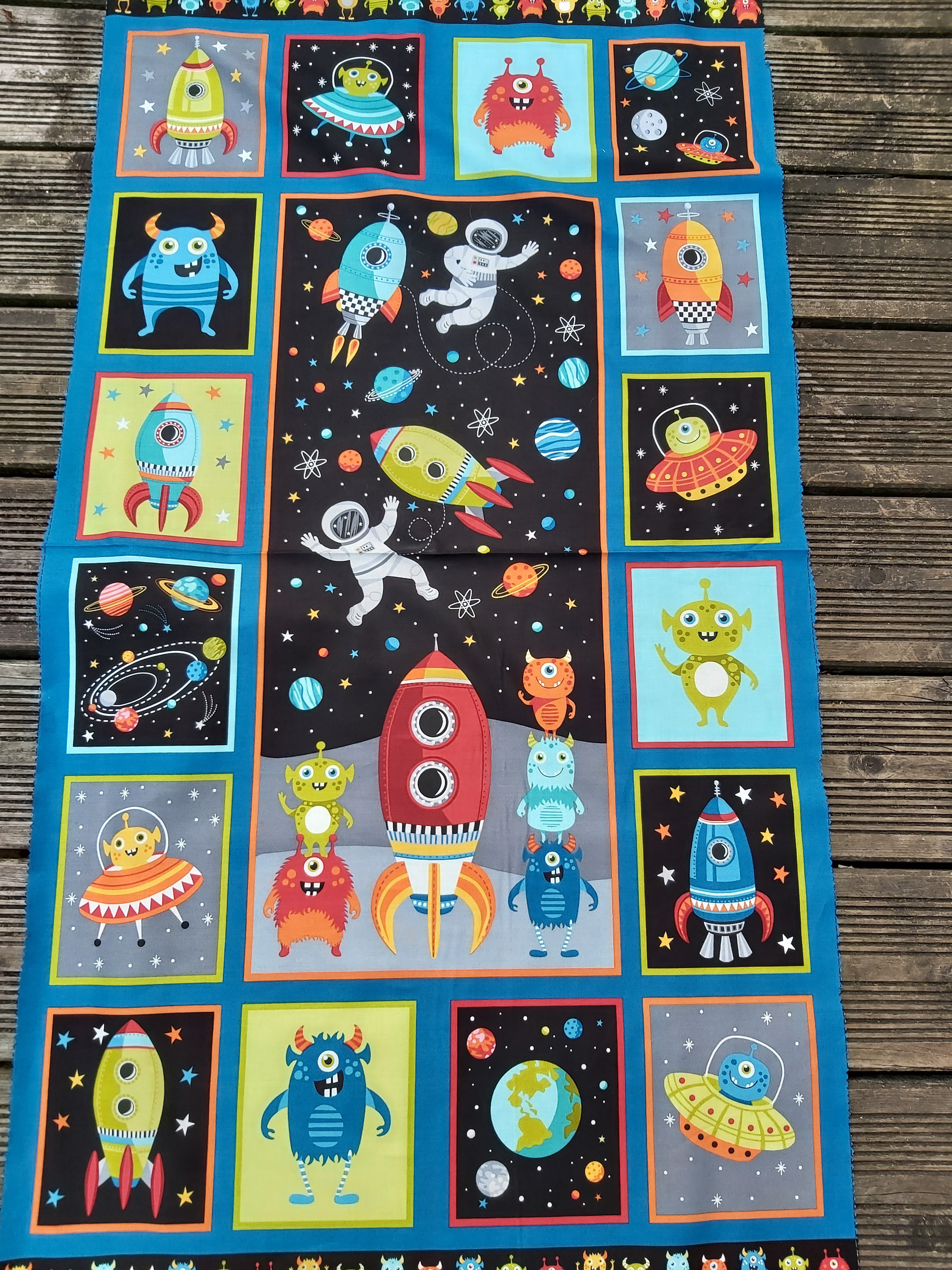 MKW OUTER SPACE PANNEAU 2273/1